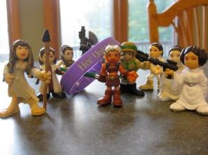 Bracelet and Star Wars figures